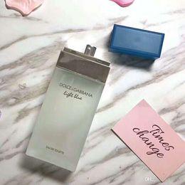 Canada 2019 Nouveau flacon carré classique de parfum bleu clair et neutre d'une durée de vie de 100ml3.4FL OZ. Offre