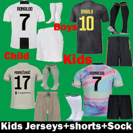 best sneakers 756f5 cbd4e 2019 Kinder Juventus EA Sports digital Ronaldo DYBALA MARCHISIO Kinder- Trikots für Fussball-Trikots 2018 18 18 Juventus BONUCCI PJANIC-Sets Shirt  günstig ...