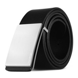 Nouveau vente chaude hommes de la mode ceintures noir blanc et couleur belle couleur style de la Chine ceintures or boucles porte expédition avec boîte 8852103 ? partir de fabricateur