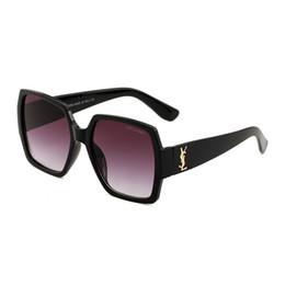 c6b47a6d177f3 2019 mulher grande dos óculos de sol do espelho Nova Praça de Luxo Óculos  de Sol