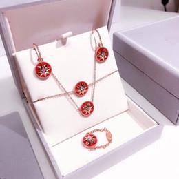 pietre rosse per gioielli Sconti Set di gioielli con croce in pietra rossa con stella di cristallo e croce in argento sterling 925 con croce in oro rosa
