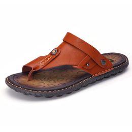 Новый человек мягкий сандал онлайн-2019 новинка мужчины на открытом воздухе сандалии высокого качества шлепанцы мужская одежда сандалии мягкие удобные прохладные плюс размер тапочки 38-47