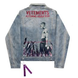 Chaqueta de mezclilla de los hombres de impresión online-19SS lavada azul cantante impresión dril de algodón del botón de la chaqueta casual Chaquetas Moda Prendas de Mujeres de los pares de la calle de manga larga chaqueta HFHLJK039