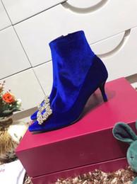 Женщины большой галстук-бабочка насосы 2019 бабочка указал Стилет Женская обувь на высоких каблуках замши свадебные туфли Zapatos De Mujer by18121702 от