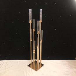 titulares de fondo Rebajas 810 cabezas Candelabros telones de fondo Camino puntales de plomo Centro de mesa de oro del soporte del metal pilar de velas para la boda Candelabro ZZA1366-8
