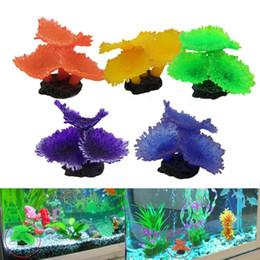 Coralli artificiali di acquario online-Sucker Coral Aquarium Artificial Coral Silicone Plant With Sucker Ornament Acqua Paesaggio Decor Fish Tank Aquarium Accessories