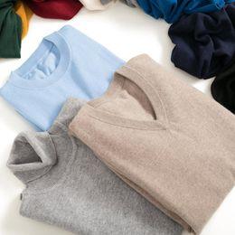 28dfaca4c2c 2019 hiver Nouveau pull en cachemire col haut   Pull   V-collier tricoté  bas pull couleur pure hommes 3 sortes type de pull pas cher