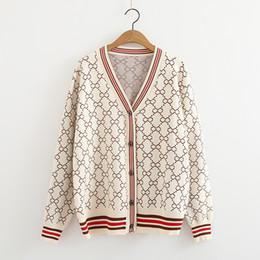 suéter botón de las señoras Rebajas En el botón V-cuello del suéter manga larga Cardigan gran tamaño cardie coreano de lujo de la venta 2018 otoño invierno señora de las mujeres de punto Mujer