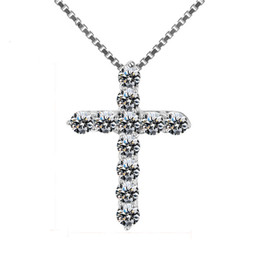 Argentina Lucky Female Ladies Crystal Cross Colgante Collar de Plata 925 Redondo Blanco Collares de Diamantes Para Las Mujeres Mejor Amante Choker supplier diamond cross necklaces for women Suministro