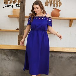 этнические платья плюс размер Скидка Simplee Этническая кисточка холодное плечо плюс размер платья женщин Лето сплошной синий длинный вечерние платья Boho элегантные женские платья 2019