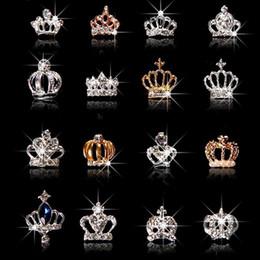 2019 jóia em forma de coroa 10pcs / set 3D Nail Art Jewelry Prata Gold Crown Forma prego Jóias Brilhando cristal Pedrinhas acessórios de unhas jóias ML723 # jóia em forma de coroa barato