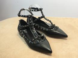 2019 atmosfera zapatos vestidos Nuevo 2019 moda de lujo para mujer tacones altos zapatos de vestir zapatos de boda de cuero 11 colores sandalias remache atmosfera zapatos vestidos baratos
