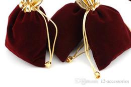 2019 bolsos del favor de borgoña 100 unids / lote BURGUNDY 7x9cm 9x12cm Velvet Beaded Drawstring Pouches Jewelry Gift Pouch Bolsas de lazo para la boda favores, perlas rebajas bolsos del favor de borgoña
