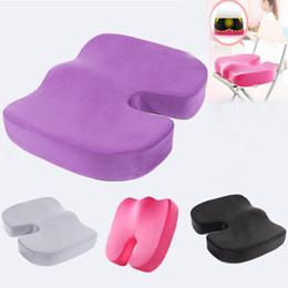 Cadeira de escritório almofadas de assento on-line-Viagem Almofada do assento de algodão Memória Almofada cadeira de escritório almofada do assento de carro Pillow almofada de volta a dor ciática Relief Sofá Sponge Almofadas HH7-322