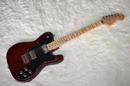 2019 private aktiengitarren Fabrik Benutzerdefinierte dunkelrote E-Gitarre mit großer Kopfplatte, Chrome Hardware, Ahorn Hals, hohe Qualität, kann angepasst werden