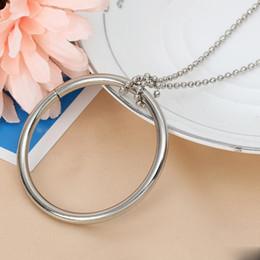 2019 spielzeug spielen Newmagic ring und kette cool magic trick requisiten metall knoten ring auf kette spielshow play geschenk kinder spielzeug für kinder günstig spielzeug spielen