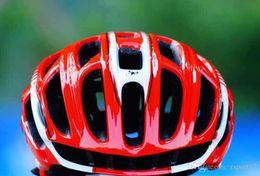 2019 dimensionamento do capacete de bicicleta rodoviária Tamanho L57-62cm 10 Cores Escorpião Capacete de Ciclismo Estrada Montanha In-molde Capacete de Bicicleta Ultraleve Capacete Da Bicicleta Com Luzes LED wholesales desconto dimensionamento do capacete de bicicleta rodoviária