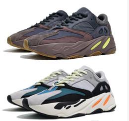 adidas yeezy 700 V2 off white boost sneakers  700 sapatos Entrega expressa Homens e mulheres merecem sapatos supplier very white women de Fornecedores de mulheres muito brancas