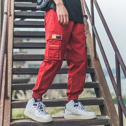 2019 Erkekler Streetwear Koşucular Pantolon Hip Hop Multi Jogger Pant Erkekler Rasgele Harajuku Kargo Pantolon Sweatpants Kırmızı WB48 SH190925 Cepler nereden