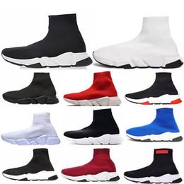2019 chaussettes blanches Mode pas cher Designer Speed Trainer hommes de la mode femmes chaussettes bottes noir blanc bleu rouge paillettes plat Hommes formateurs Sneakers Runner Casual Chaussures chaussettes blanches pas cher