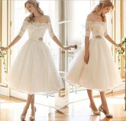 Nova designer de explosão das mulheres sexy lace dress doce moda bonito princesa vestido feminino festa de férias saia plissada vestido de dama de honra de luxo de Fornecedores de saias bonitas de vestidos