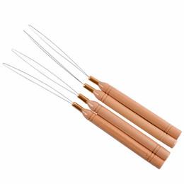 kit de herramientas de extensión de cabello micro perlas Rebajas Extensión de cabello Gancho Herramienta de tracción Aguja enhebrador Anillos Micro Perlas Loop Mango de madera con alambre de hierro Envío rápido F2565