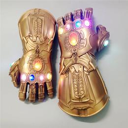 2019 perline di vaso di vaso Avengers 4 Endgame Thanos Infinity Gauntlet Avengers War Cosplay Guanto PVC Thanos LED Guanti Halloween Puntelli Cosplay Adulti o Regali per bambini