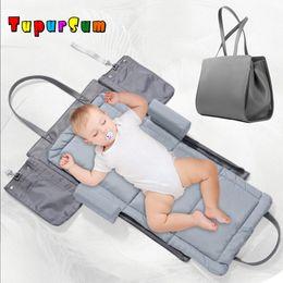Colchón portátil bebé online-Big Portable Baby Bassinet Cuna Nido Cuna Infantil Cama de Viaje Niño Carrycot Colchón de Algodón Parachoques Plegable Momia Bolsa Paquete