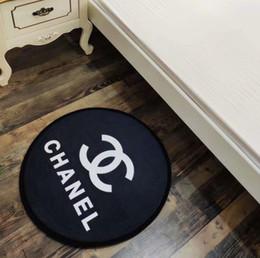 Cucina moda online-Nuove lettere fashion design rotondo tappeto 60 centimetri tappeto del salotto porta della camera mat cucina di spessore tappetino da bagno antiscivolo