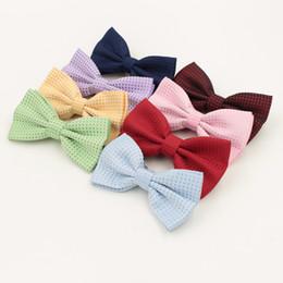 Бабочка конфеты синий онлайн-Красочные моды галстук-бабочка для жениха мужчины белые точки галстук-бабочка популярные в партии свадьбы конфеты бабочка розовый синий gravata