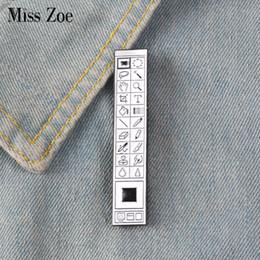 Broches velhos on-line-Photoshop Toolbar Esmalte Pin crachá broche de Lapela pin Denim Jeans saco da camisa Velha Escola de ferramentas de Jóias Presente para Designers Amigos