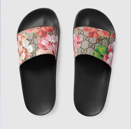 корейская плоская обувь Скидка GUCCILouis Vuitton America дамы красные белые черные сандалии на высоком каблуке внешнеторговая цепочка сексуальные высокие каблуки a1