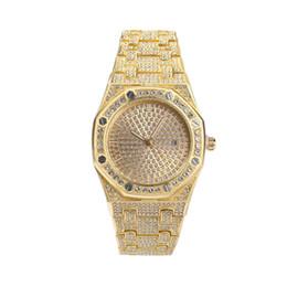 2019 мужские большие наручные часы серебро Роскошные Мужские Часы Большой Циферблат Iced Out Полный Горный Хрусталь Позолоченные Модные Алмазные Часы для Мужчин Женщин дешево мужские большие наручные часы серебро