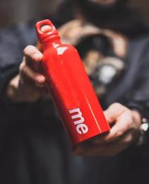 2019 garrafas de água mochila Garrafa New Red para Ciclismo Sporting Goods Red Watter Garrafa SS20 caixa de aço inoxidável Coke Bottle Forma Ginásio Exterior Água