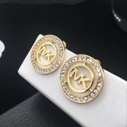 M ohrringe online-Großhandel Verzierte M Brief Ohrstecker Serie Herzförmige Diamant Ohrringe Auswahl Für Frau Berühmte Marke Stud