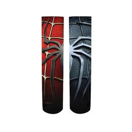 Um par de mens meias de algodão super hero spiderman casual dress meias new women homens de inverno unisex feliz meias femininas cheap men super heroes socks de Fornecedores de homens super heróis meias