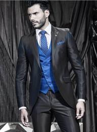 2019 мужские угольные галстуки Charcoal Gray Mens Wedding 3 шт костюм жених Groomsmen Смокингов Люди Пиджаки Куртка сшитых мужчины деловой костюм (куртка + брюки + жилет + Tie) 434 дешево мужские угольные галстуки