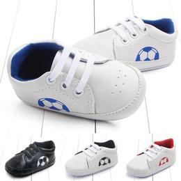 ausländische schuhe Rabatt Außenhandel Classic Baby Fußball Baby Schuh Schuh Rutschfeste Studie Wanderschuhe 0-1 Jahr 2184