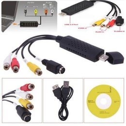 Canada Adaptateur de carte de capture vidéo audio portable Easycap USB 2.0 de haute qualité Convertisseur de capture vidéo VHS à DVD pour Win7 / 8 / XP / Vista Offre