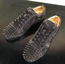 проволочная сетка Скидка Шипы мужская плоская сетка с высоким верхом и красной подошвой повседневная обувь, модные женские кроссовки на плоской подошве