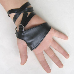 black gothic gloves Coupons - 2017 Hot Sale Female Women Sexy Night Club Gloves Gothic Punk Rock Black Faux Leather Fingerless gloves G201