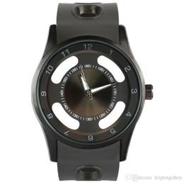 Novos homens de luxo sports oco nome da marca relógios preto e prateado Relgio Relógios Pulseira Homens de quartzo Chronograph Militar relógios de