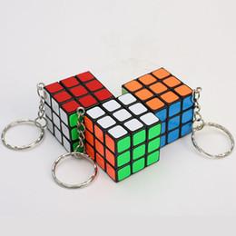 Argentina 3 X 3 X 3 CM Mini Puzzle Cubo Mágico Llavero de Juguete Colgante Llavero Cuadrado llavero anillo de juguete de los niños regalo CNY1036 supplier x keychain Suministro