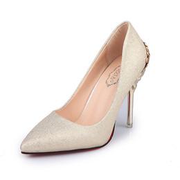 Señoras elegantes zapatos de boda online-Zapatos de vestir Bombas para mujeres Zapatos de tacón alto Tacones altos rojos Slip-on Gold Punta puntiaguda Fiesta Vestido clásico Clásicos Retro Promoción
