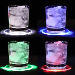 2019 pastiglie melaminiche Acrilico Light Coaster Flash colorato Impermeabile LED Base di illuminazione Lampada Acrilico Crystal Cocktail Pad Pad RGB Acrilico Mat pastiglie melaminiche economici