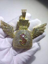 2019 borchie a forma di triangolo Hip Hop Impostazione CZ zircone di pietra di Bling fuori ghiacciato Ala Angelo dollari borsa del sacchetto dei soldi della collana dei pendenti per gli uomini Rapper gioielli