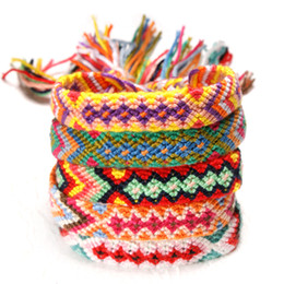 freundschaftsarmbänder gewebt Rabatt Gewebtes geflochtenes Armband 18 Styles Retro Handmade Bohemian Thread Armband Boho String Regenbogen Freundschaftsbänder OOA6970