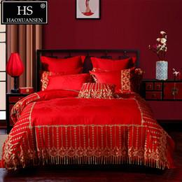 2019 ropa de tamaño queen Conde de 650 hilos Diseño de encaje rojo Juego de cama de 4 piezas Princesa 100% algodón Juego de funda nórdica doble Juego de cama Queen King Size rebajas ropa de tamaño queen