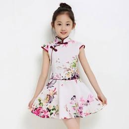2019 chicas de algodón cheongsam Vestido tradicional chino Ropa de los niños de estilo oriental cheongsam Vestido de manga corta de algodón Ropa de niñas Chino cheongsam chicas de algodón cheongsam baratos