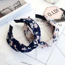 Wholesale Printemps et été de nouveaux accessoires de cheveux coiffe bandeau élégant bandeau coréen tissu noué à large bord bandeau bandeau en épingle à cheveux
